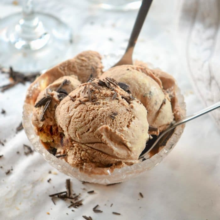 A rich and decadent chocolate sorbet recipe, so quick and easy. This chocolatey dessert is cool and refreshing with the texture of a smooth sorbet. A great dessert for 2.
