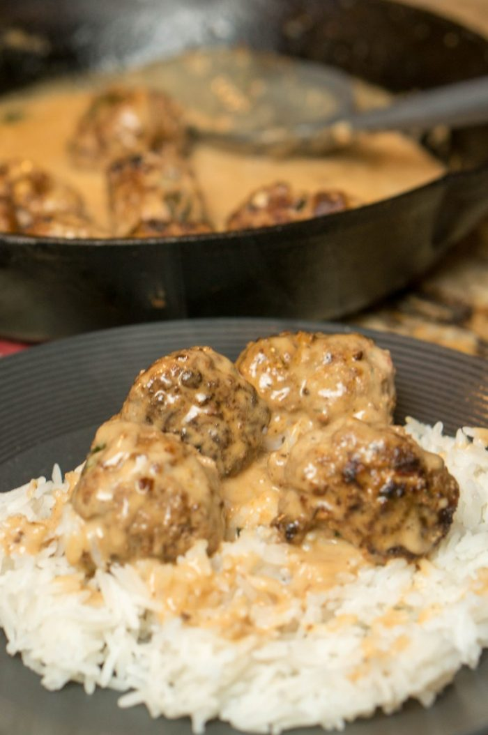 A simple dinner that packs a punch, everyone loves these swedish meatballs with sauce! Serve on rice or noodles for a filling, flavorful dinner recipe.