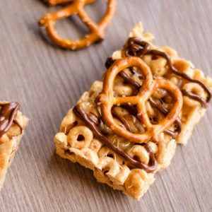 No Bake Peanut Butter Cereal Bars